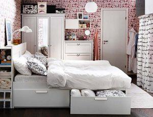 как хранить вещи в спальне