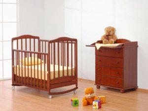 кроватка маятник для новорожденного