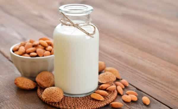 миндальное-молоко