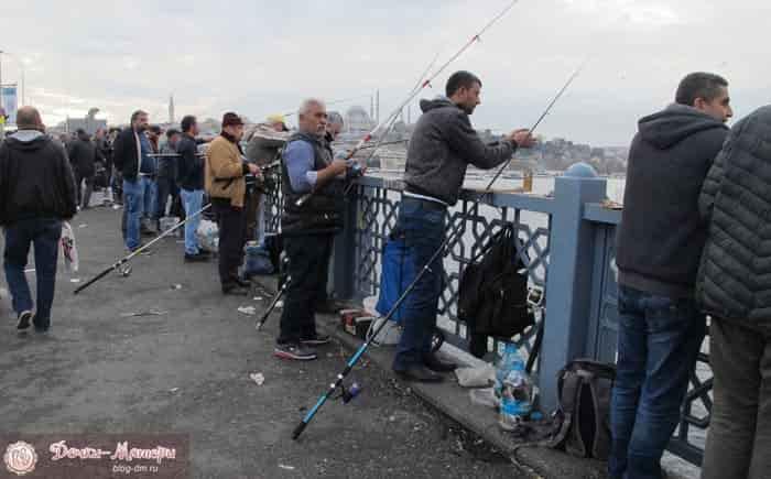 рыбаки-на-галатском-мосту