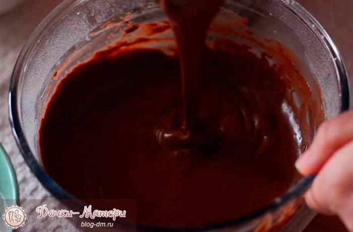 тесто-для-шоколадных-панкейков