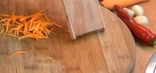 морковь-натираем