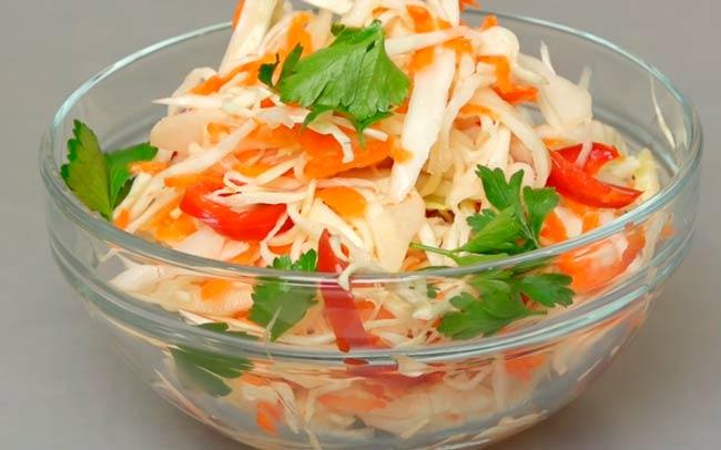 капуста-с-болгарским-перцем-и-морковью