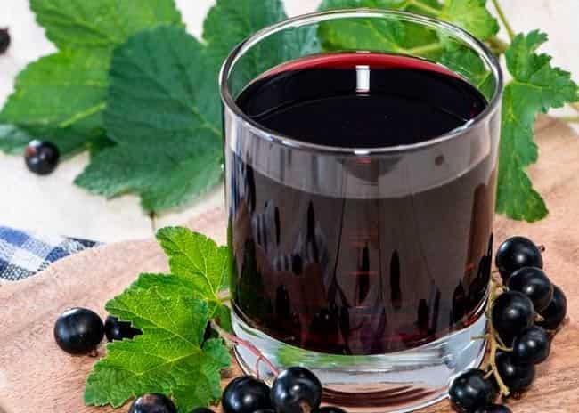 vino_iz_smorodiny