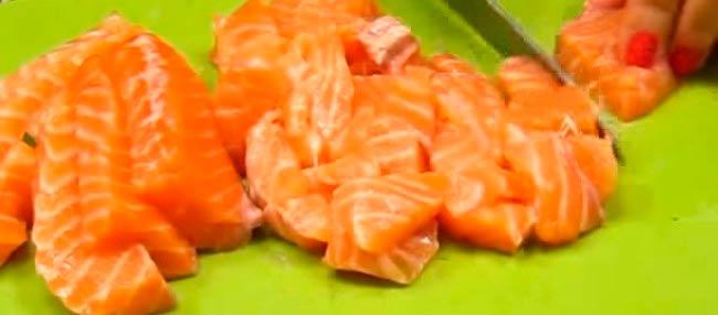 нарезаем-рыбу