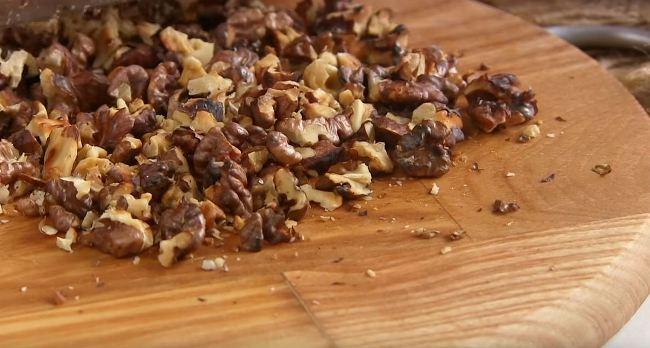 орехи-нарезать