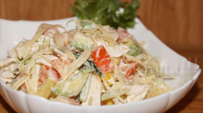 салат-с-авокадо-и-овощами
