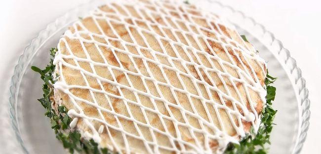 блинный-торт-с-грибами-и-курицей