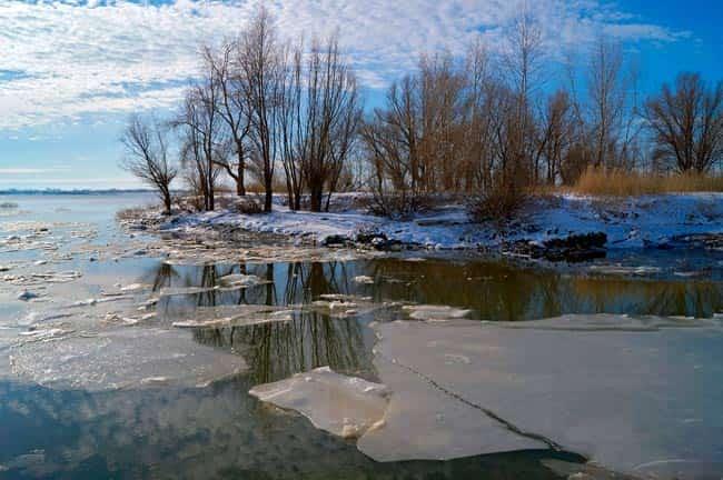 лед-на-реке