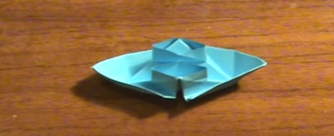 пароход-две-трубы