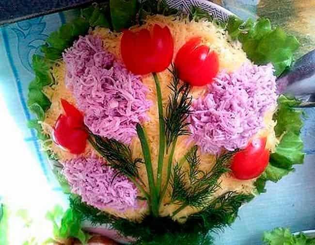 красные-тюльпаны-на-8-марта