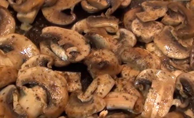 обжариваем-грибы