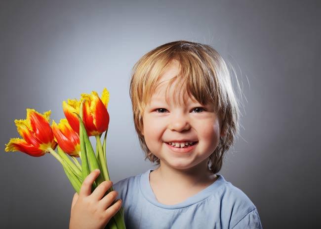 поздравляем-с-праздником-8-марта