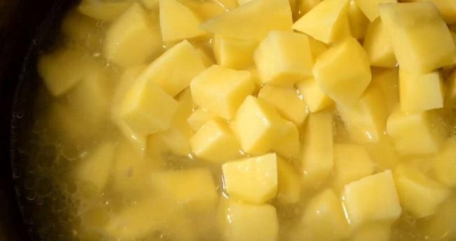 добавить-картофель
