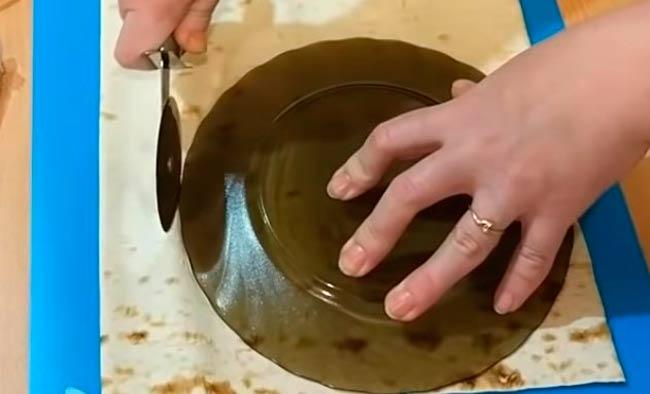 вырезаем-круги-из-лаваша
