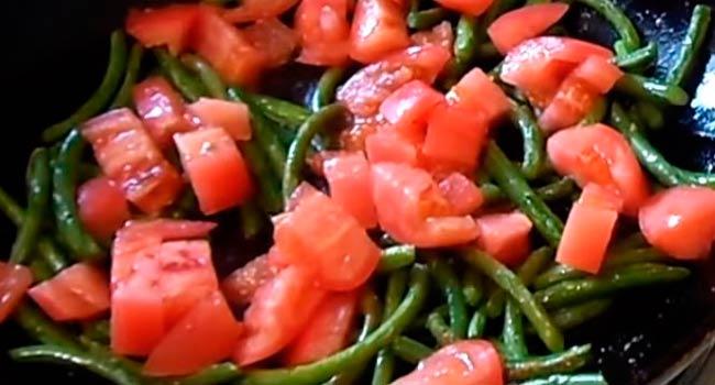 добавляем-помидоры