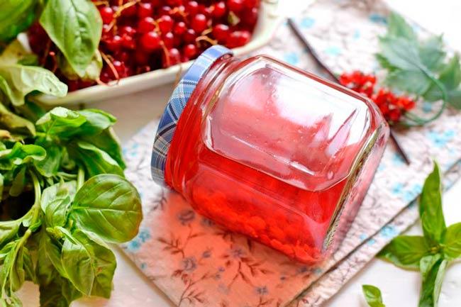 компот-из-смородины-красной