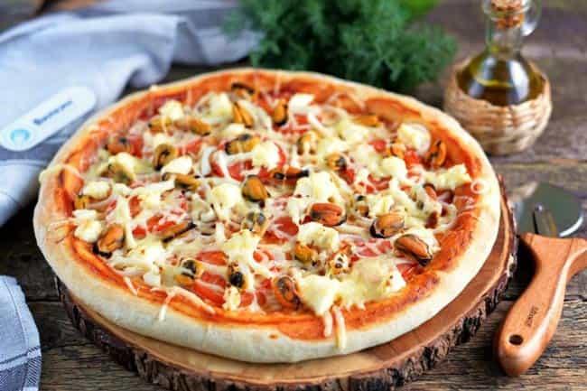 пицца-с-морепродуктами-тонкая