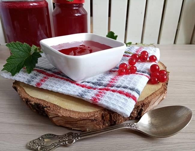 вкусное-желе-из-красной-смородины