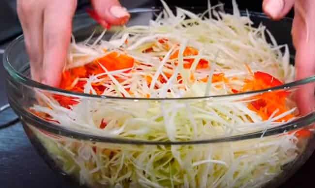 перемешиваем-овощи