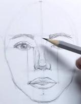 обрисовываем овал лица