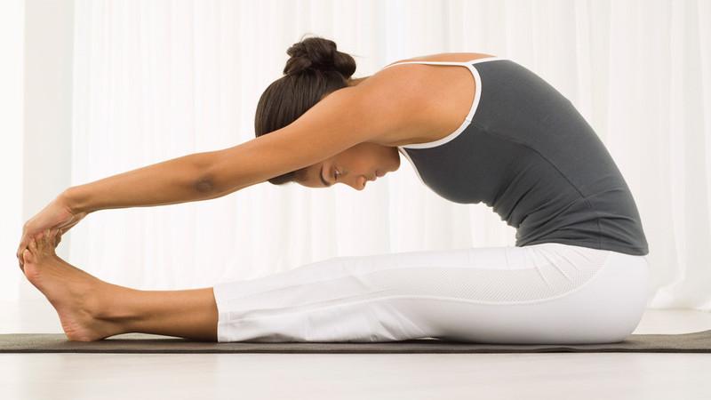 растягиваем мышцы спины