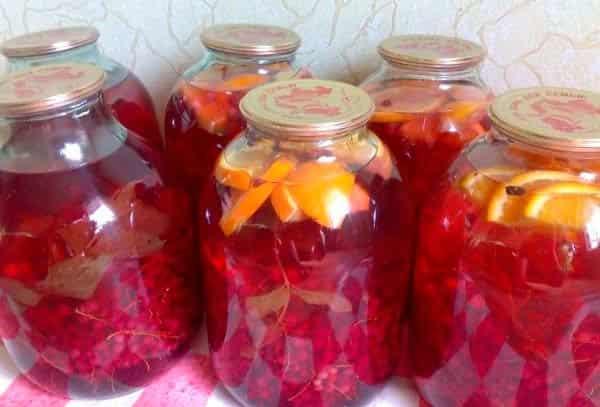 компот-из-красной-смородины-с-апельсином