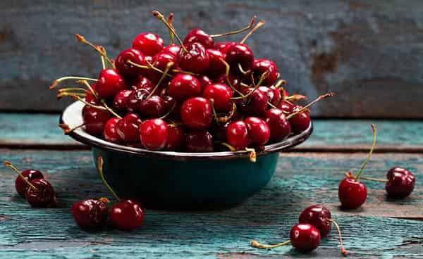 ягоды-вишни-полезные-свойства