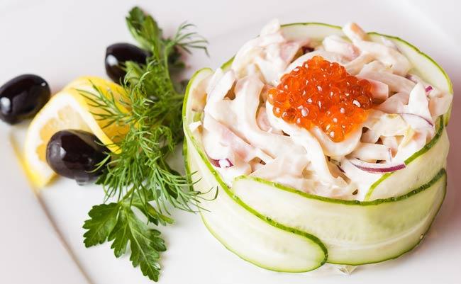 Салат-с-кальмарами-рецепт
