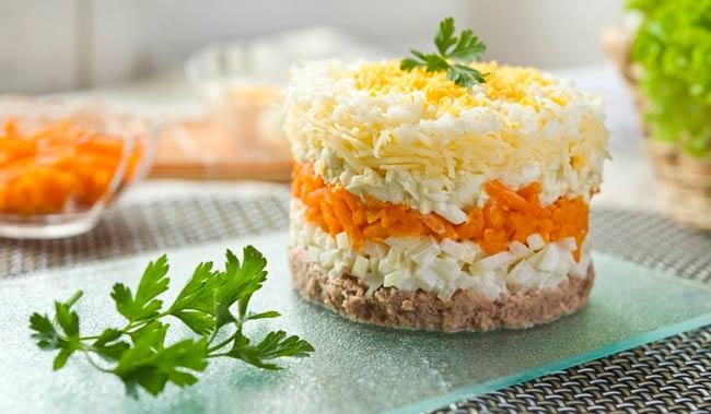 салат-с-мимозой-очень-вкусный