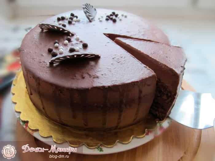 пряный-шоколадный-торт