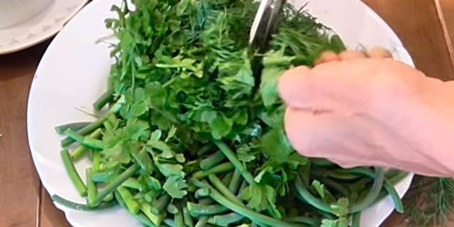 нарезаем-зелень