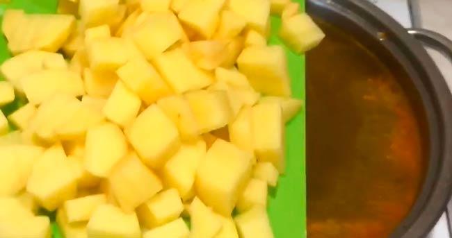отвариваем-картофель