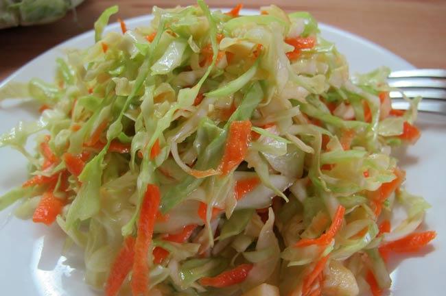 салат-из-капусты-с-яблоками
