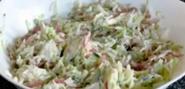 салат-из-копченой-колбасы