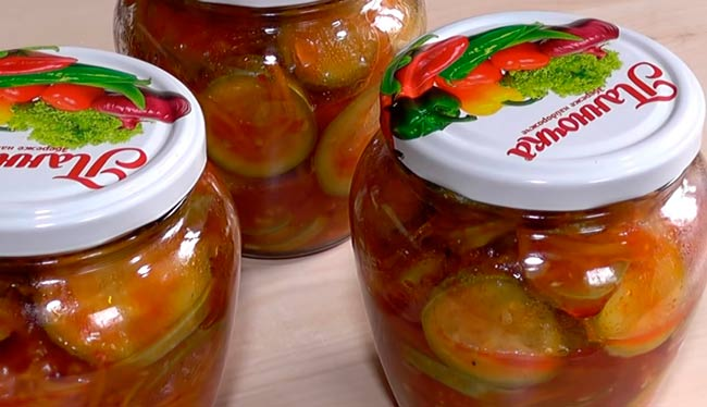 салат-из-кабачков-с-соусом-чили-и-краснодарским