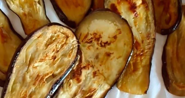 баклажаны-на-салфетке