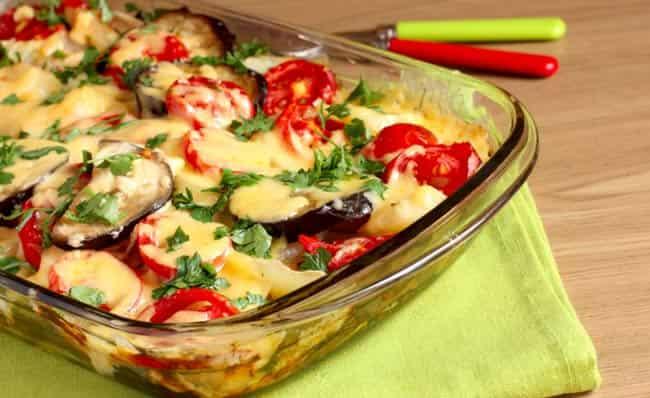 баклажаны-с-помидорами-и-сыром