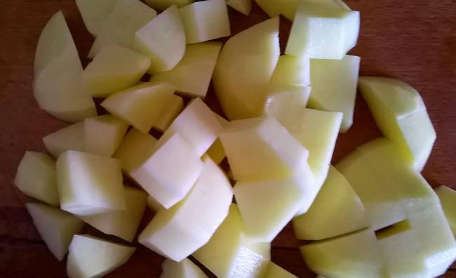 нарезаем-картофель