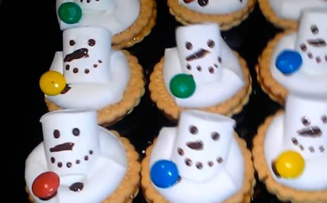 печенье-снеговики