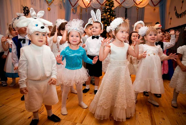 Сценка для детей в детском саду на новый год