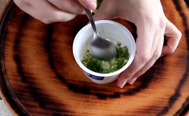 сыр-мешаем-с-зеленью
