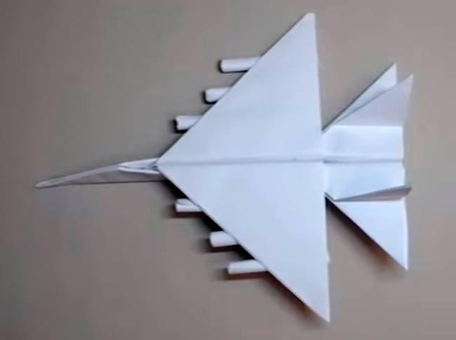 самолет-из-бумаги-истребитель