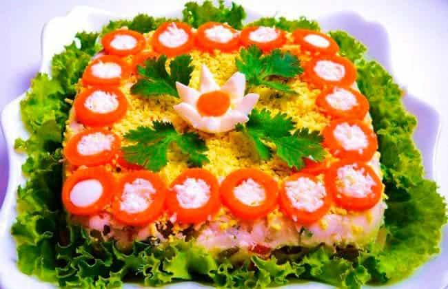 праздничный-салат-на-8-марта