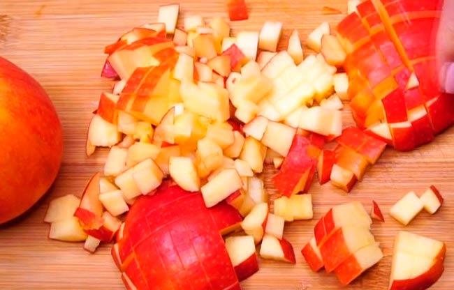 нарезаем-яблоки