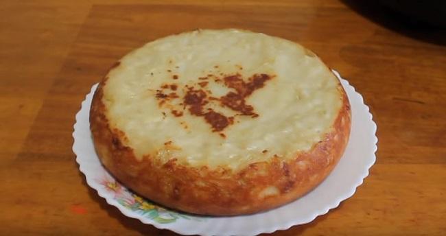 капустный-пирог-в-мультиварке