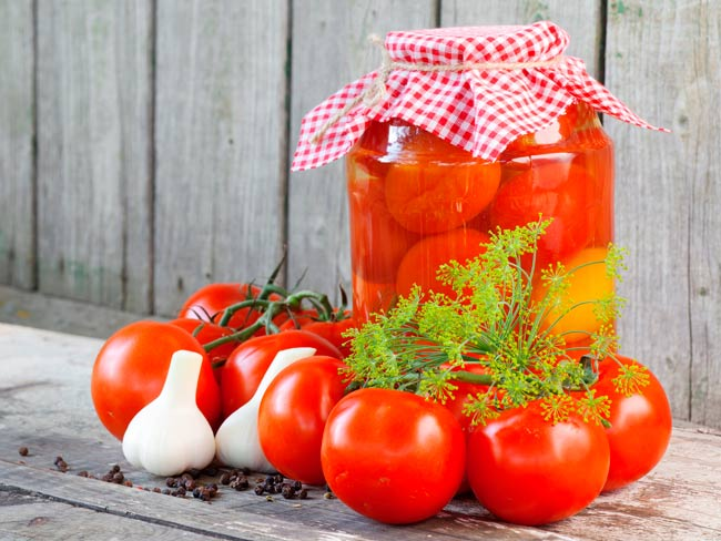маринованные-помидоры-с-лимонной-кислотой