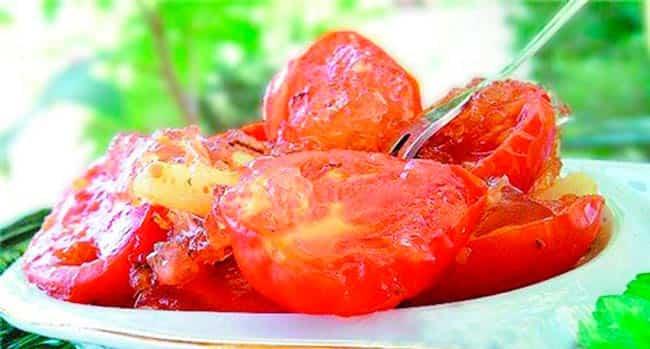 томаты-в-желатине-с-луком