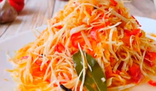 салат-из-маринованной-капусты