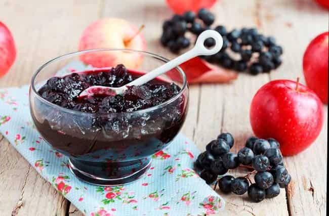 варенье-из-черноплодки-с-яблоками